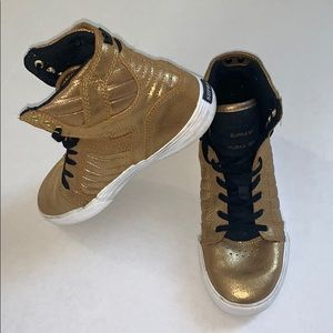 Supra Muska Skytop Gold Lace-Up High Top Sneakers
